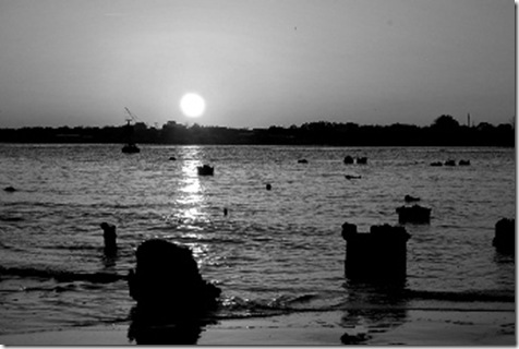 Sunset 0325 27 BW