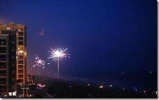 2009 Beach Fireworks 1